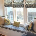 Идеи для подоконника: стол, огород, диван и другие