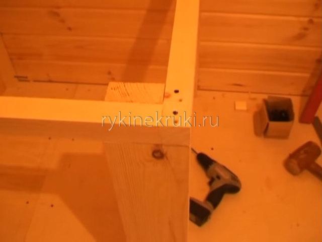 Простейшая лестница: способ как сделать, обычная деревянная конструкция, на второй этаж своими руками дома