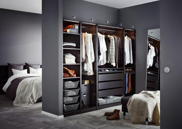 Гардеробная в спальне: комната, дизайн и фото, шкаф из гипсокартона, встроенные варианты для маленькой гостиной