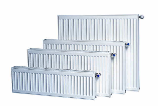Водяные конвекторы отопления: настенный радиатор с вентилятором, типы и размеры, напольный стальной радиатор