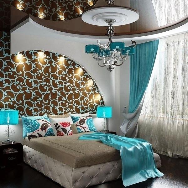 Обои в гостиную фото интерьера: дизайн штор, жидкие красивые обои, итальянские в хрущевке, с вензелями под покраску