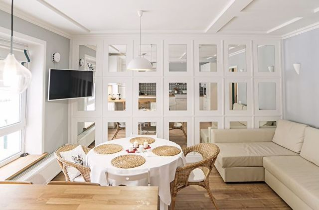 Какой цвет обоев увеличивает комнату фото: для маленькой, зрительное пространство и цвет, как выбрать в интерьер