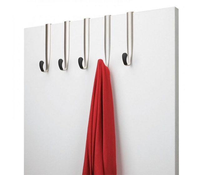 Вешалки для одежды настенные в прихожую: с полкой фото своими руками, Икеа и Леруа Мерлен, с тумбой кованные