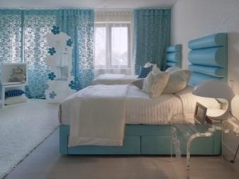 Серые шторы: интерьер кухни в тонах, дизайн гостиной, фото спальной комнаты, цвет морской волны с акцентами