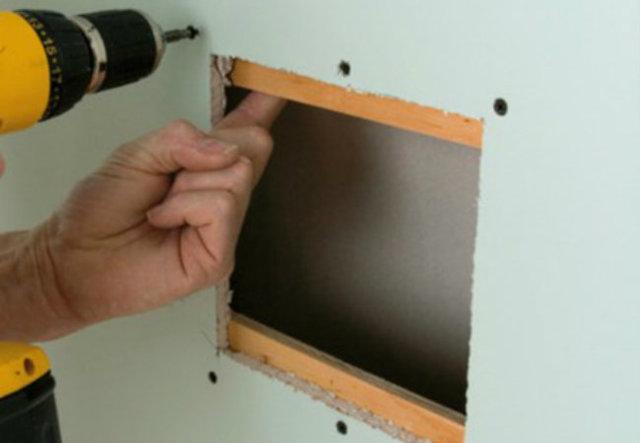 Как заделать дырку в гипсокартоне: отверстие на стене, видео, в потолке, чем можно