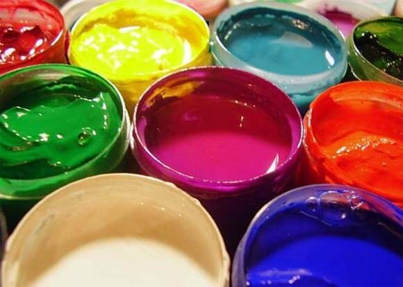 Покраска потолков из гипсокартона своими руками: как покрасить водоэмульсионной краской и глянцевой, фото, видео