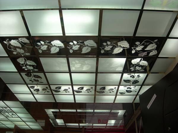 Потолок Армстронг: типы и текстура, виды и устройство, зеркальные, технические характеристики, видео