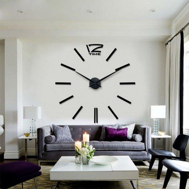 Часы настенные большие оригинальные для гостиной: фото в интерьере зала, красивые и недорогие