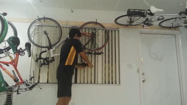 Как хранить велосипед зимой на балконе: хранение пылесоса, как повесить чехол и закрепить