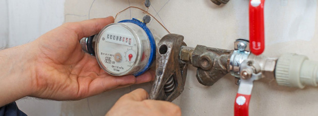 Установка счетчиков на воду: поставить, правила установки, в квартире своими руками, пломбировать приборы учета