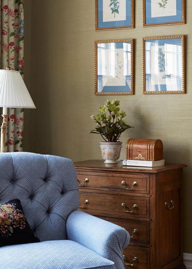 Английские обои: в стиле в интерьере, фото с цветами