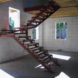 Лестница в доме: фото без лестницы, как сделать самому, виды хорошие, правильные своими руками в углу квартиры