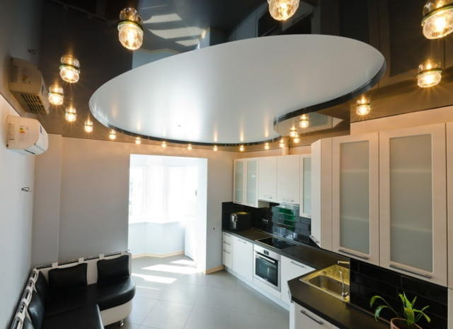 Совмещенные натяжные потолки: фото подвесных и комбинированных, монтаж подвесов, красивый дизайн в ресторане