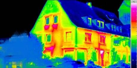 Энергосберегающие системы: трубы для отопления котлов и батареи, энергоэффективные приборы, современные насосы