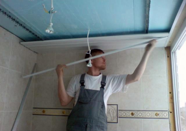 Монтаж реечного потолка своими руками инструкция: установка, смотреть видео, как установить и сделать ремонт