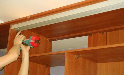 Двери купе в гардеробную: своими руками, фото Леруа Мерлен, зеркальные и полукруглые от производителя, в комнату