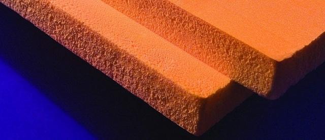 Утепление потолка в частном доме минватой: со стороны чердака, какая толщина и как утеплить, как укладывать и какая лучше, изнутри эковатой и стекловатой