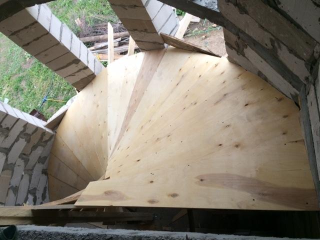 Бетонные винтовые лестницы: круглые и п-образные, полукруглые чертежи, фото своими руками