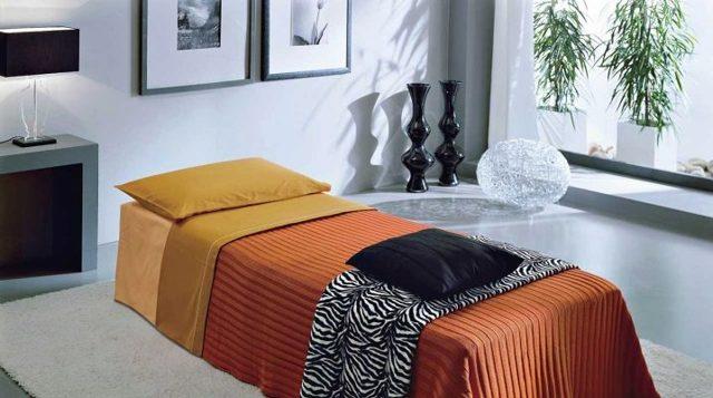 Пуфики для спальни фото: пуф-трансформер со спальным местом, раскладной