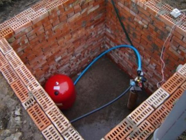 Кессон для скважины своими руками: устройство бетонного, сделать фото, установка на высоком уровне от грунтовых вод