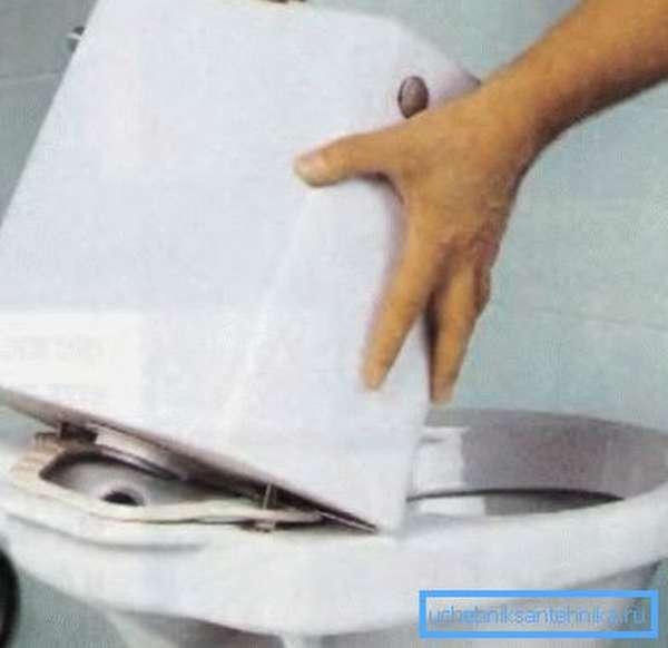 Чем склеить унитаз: треснул бачок, чем можно заклеить и заделать трещину, заклеить керамику, видео, дюропласт